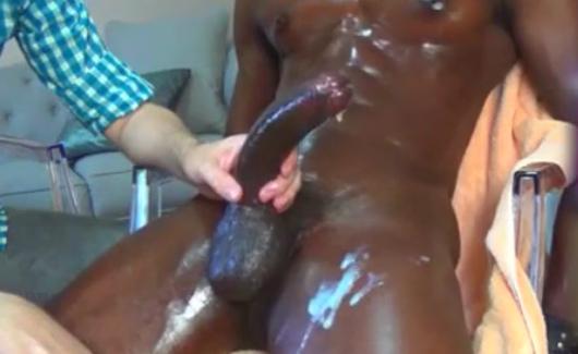 Negão africano goza várias vezes | DITADURA G » Sexo Gay Amador | Vídeos Gays | Xvideos Gay | XXX