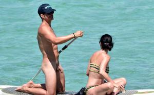 Namorado de Katy Perry Pelado   DITADURA G » Sexo Gay Amador   Vídeos Gays   Xvideos Gay   XXX