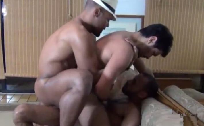 from Vihaan mundo gay videos gratis
