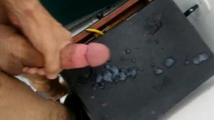 Gaúcho dotado gozando litros de leite | DITADURA G » Sexo Gay Amador | Vídeos Gays | Xvideos Gay | XXX