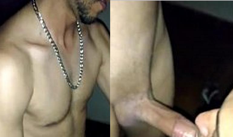Engolindo minha pica | DITADURA G » Sexo Gay Amador | Vídeos Gays | Xvideos Gay | XXX