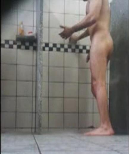 Fragas no vestiário do colégio interno | DITADURA G » Sexo Gay Amador | Vídeos Gays | Xvideos Gay | XXX