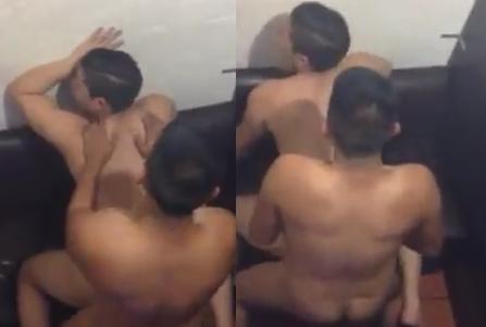 Novinho flagrado dando o cu na lan house | DITADURA G » Sexo Gay Amador | Vídeos Gays | Xvideos Gay | XXX