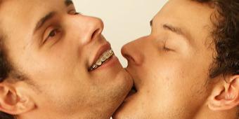 Incesto Gay Sexo Gay em Família videos de incesto