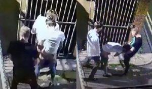 Flagrante Gay – Câmera de Segurança filma Garotos transando na Rua!
